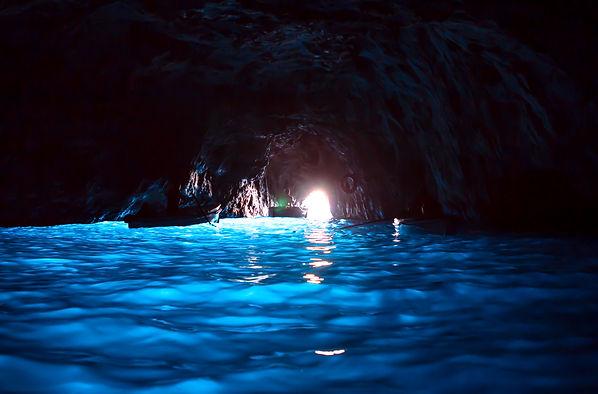 המערה הכחולה באי קאפרי איטליה