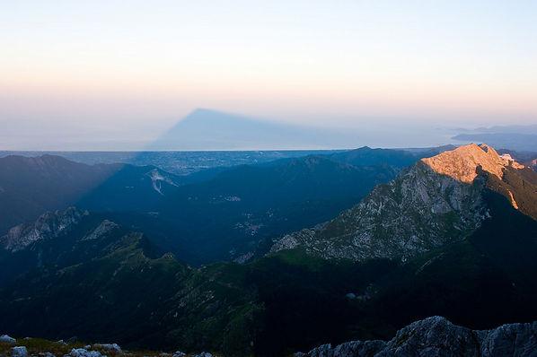 האלפים האַפּוּאַנִים טוסקנה איטליה