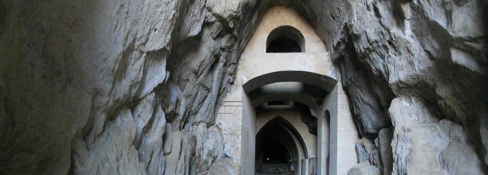הקריפטה הנאפוליטנית (Crypta Neapolitana)