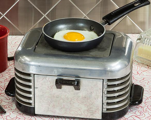 Cook-Top-On-Breakfaster.jpg