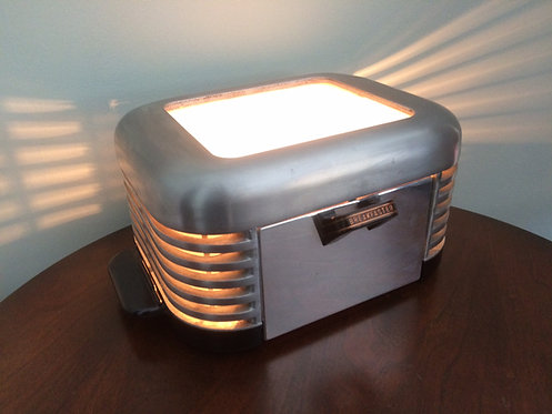 Breakfaster 1930's Toaster Light