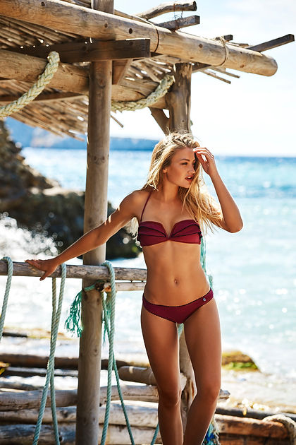 Beachlife SS17 lowres Red Plum front.jpg