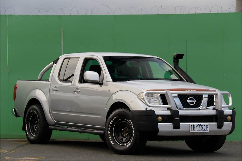Nissan Navara 2010 D40 ST Utility Dual Cab 4dr Man 6sp 4x4 875kg 2.5DT