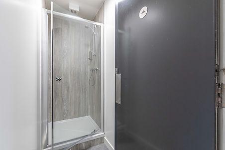 12-ShowersAJPG_1000.jpg