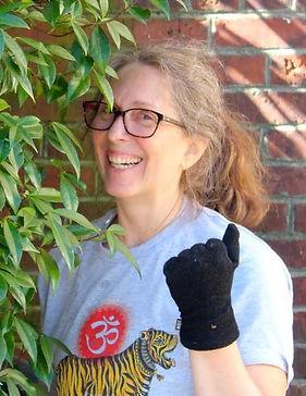 Laura Santi headshot.jpg