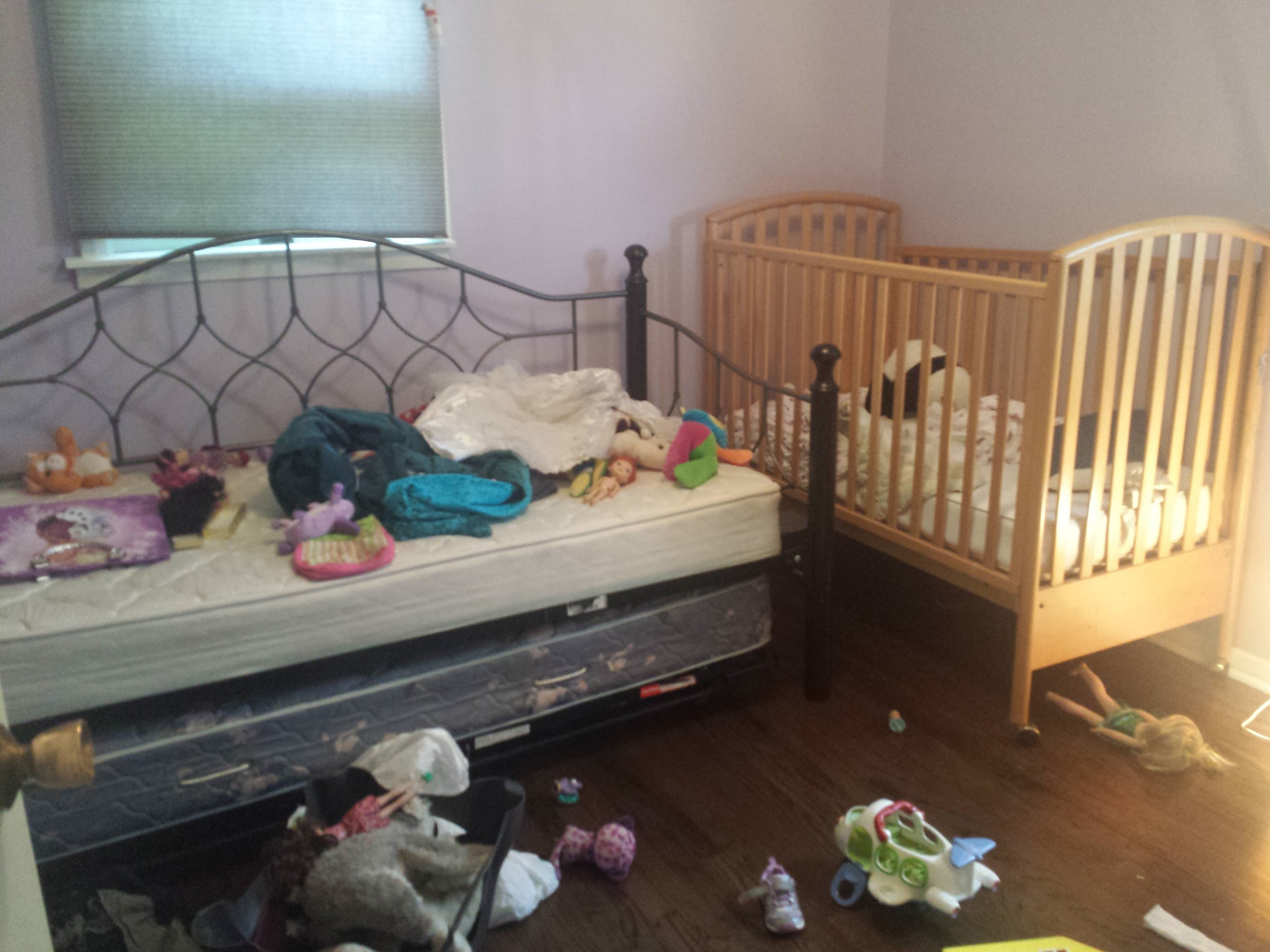 CHILDRENS ROOM: BEFORE