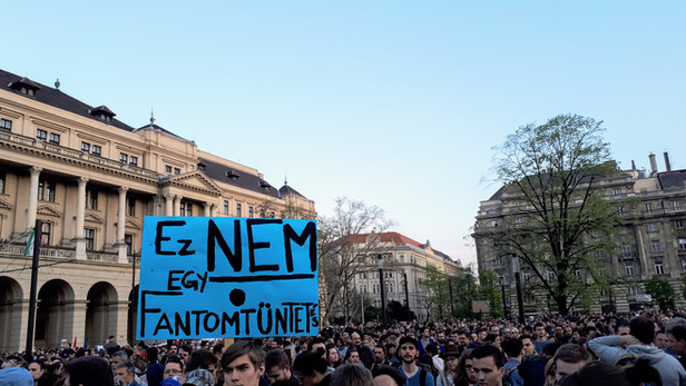 Election in Hungary: Dire Days in Budapest
