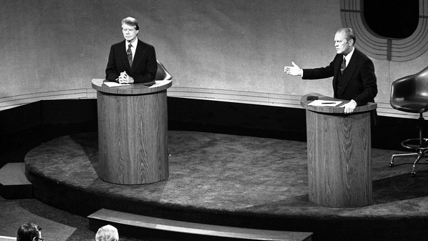 Do presidential debates sway the election?