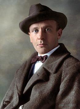 mikhail-bulgakov-portrait-au-chapo.jpg