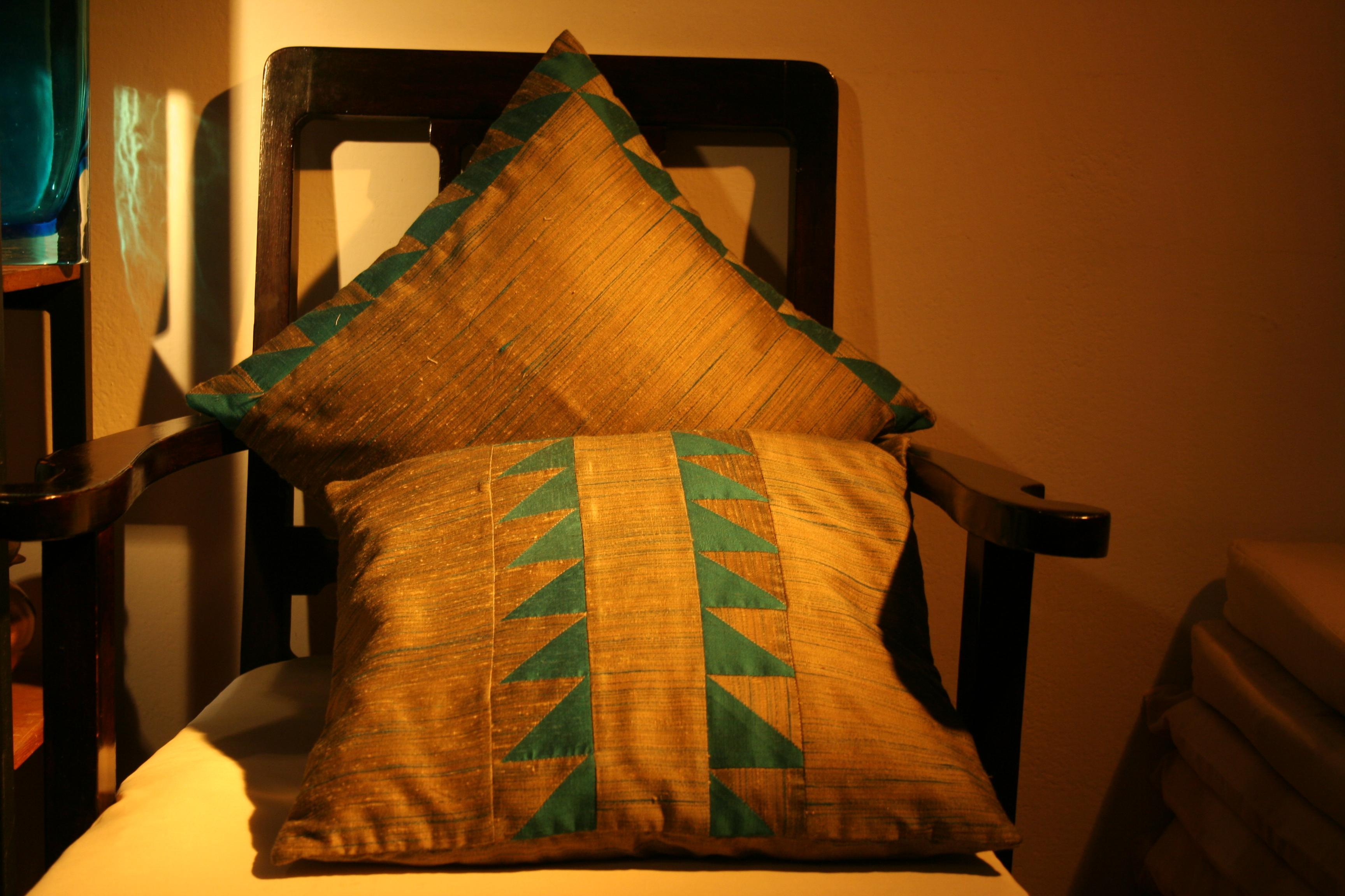 Cushion Art Silk (CCT - 14 & 15)