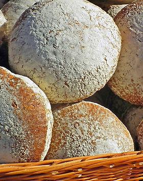 bread-4490216_1920.jpg