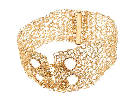 5 rows and chain bracelet