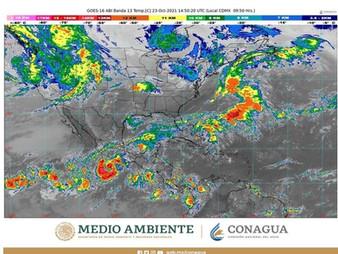 Amenaza Huracán a Puerto Vallarta