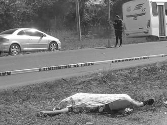 Taxi Mató a Adolescente