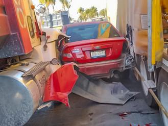 Automovilista se Salvó de Milagro