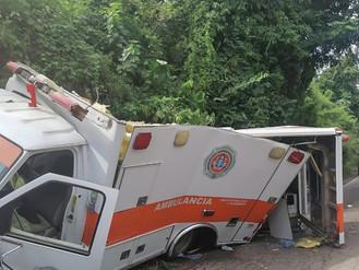 Grave Choque de Ambulancia