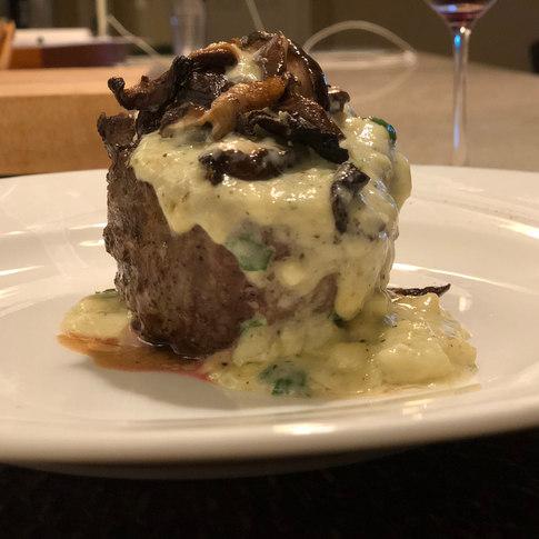 Filet Mignon with Gorgonzola Cream