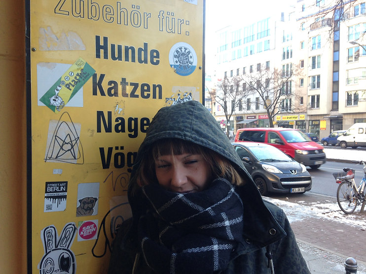 Daniela, ragazza, sticker Berlino