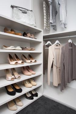 White-Euro-Shoe-Shelves