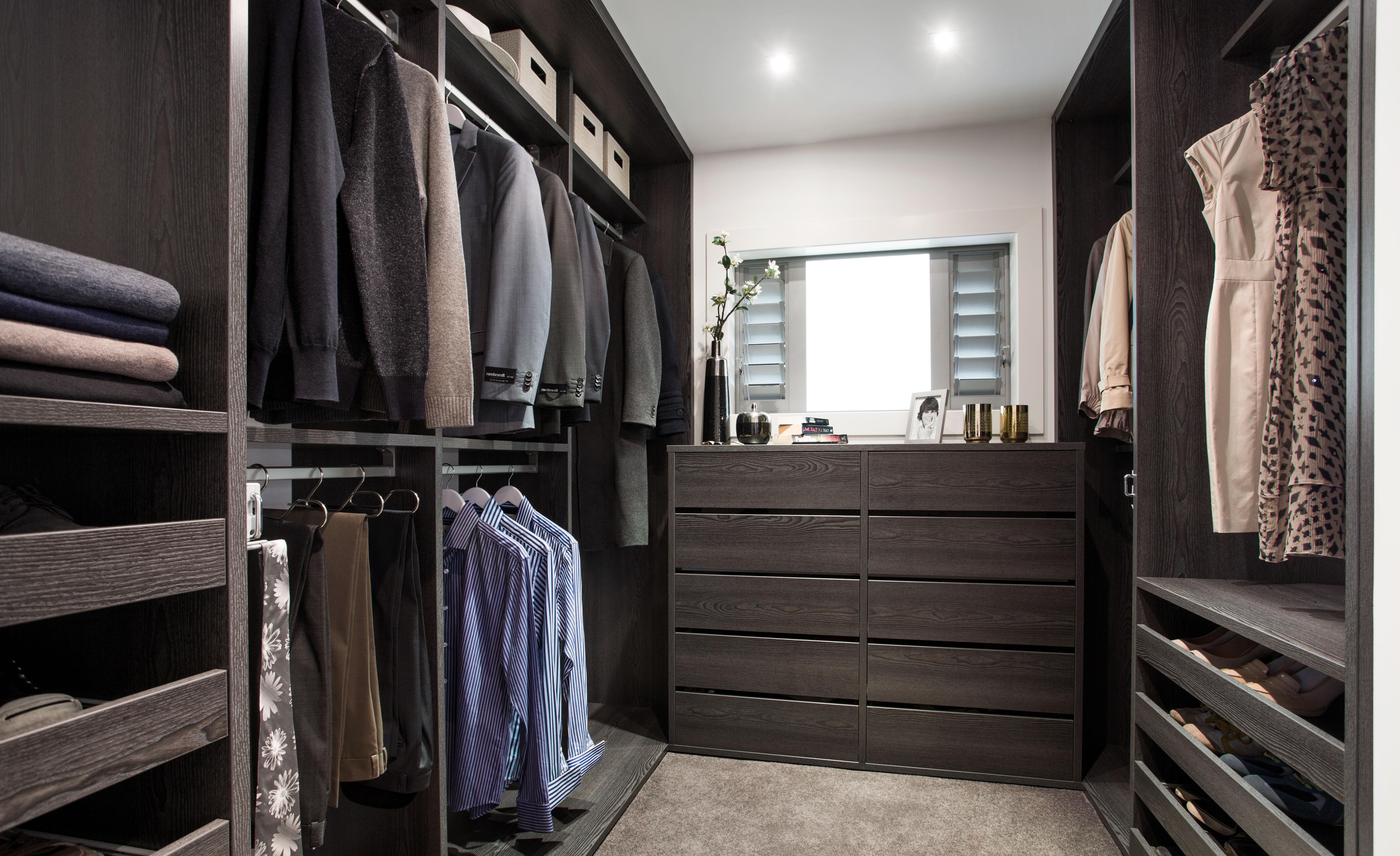 Black-Euro-Wardrobe