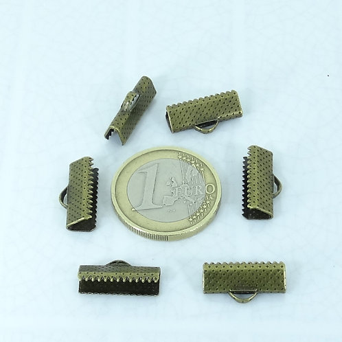50 Enganches / Terminales 16mm T552