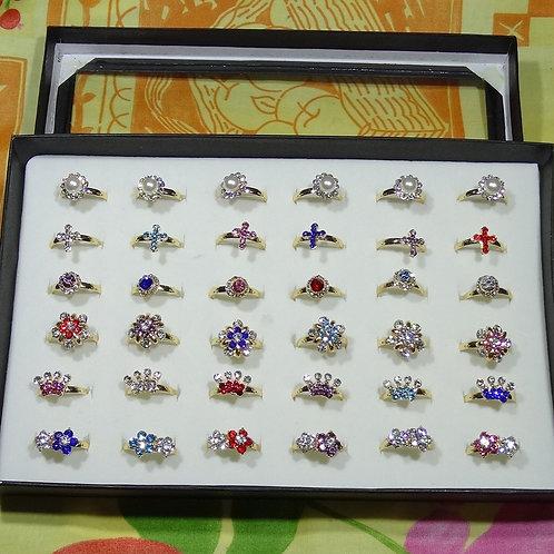 Caja de 36 Anillos Con Cristales