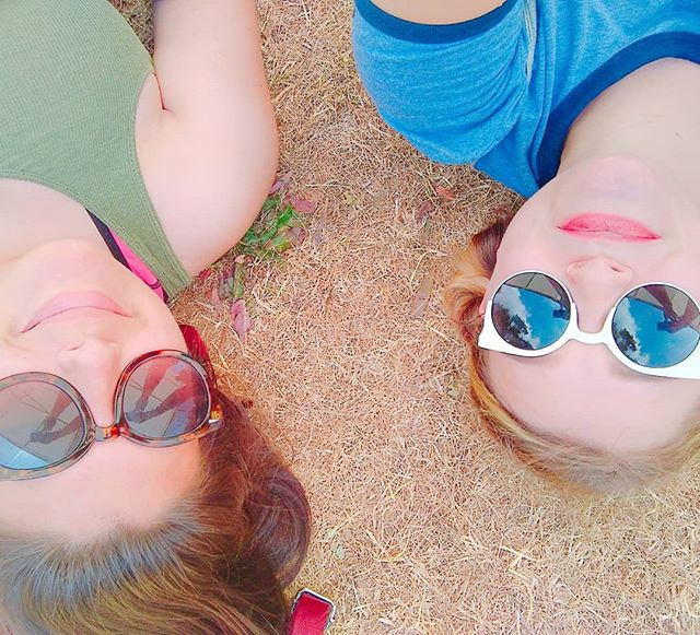 Lying in the shade with cool shades on at #DATC2018 with _jaz._.x ._._