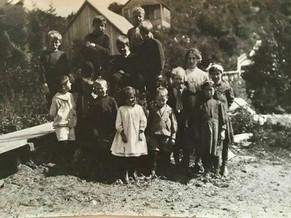 PORT ESSINGTON - SCHOOL DAYS
