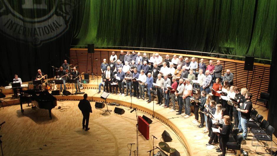 Øvelse i full gang før kveldens konsert i Stavanger Konserthus