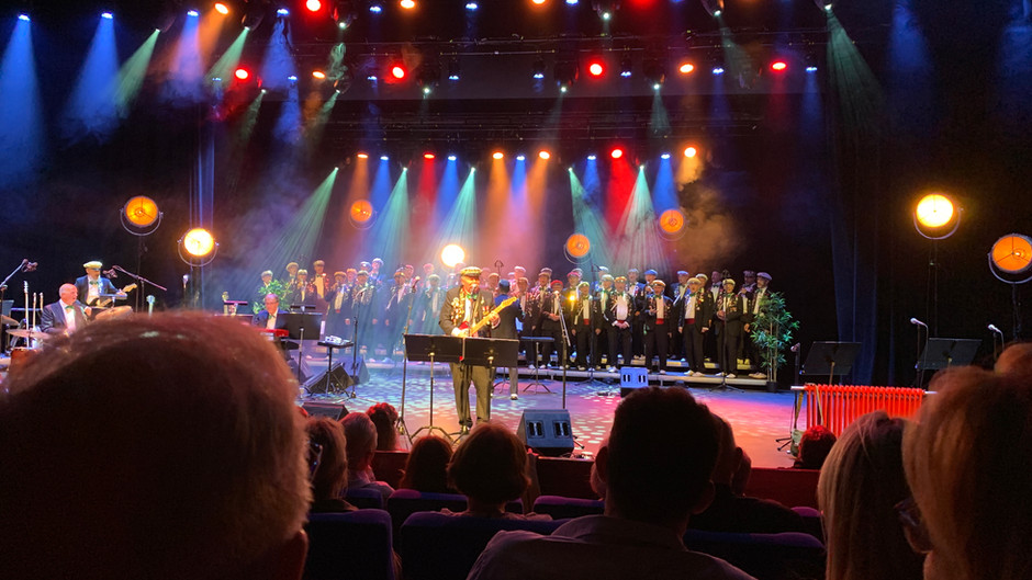 Spelkorlaget og Røe leverte varene på fantastisk rockekonsert i Kuppelhallen lørdag 2 oktober