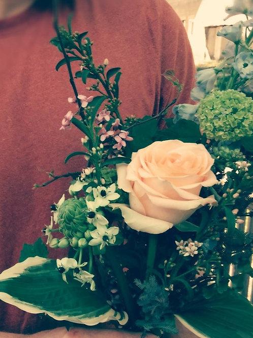 Valentines Day Bouquet & Dessert