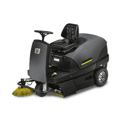 Ride-on Vaccum Sweepers