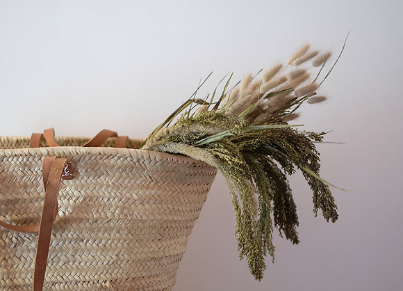 Dried grass selection