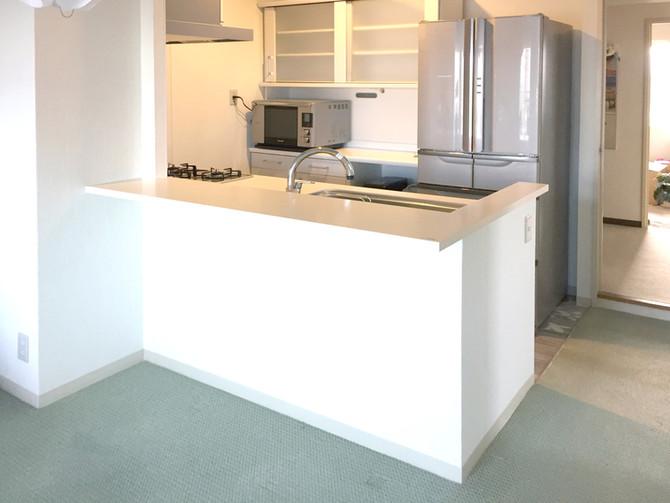 キッチンとリビングの壁を撤去!劇的に広くなりました!