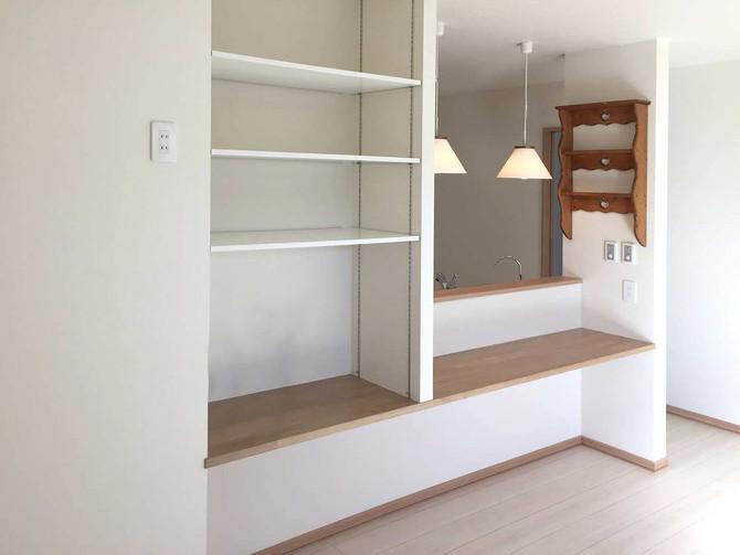 中古戸建てをリノベーション!白と木目を基調とした明るい空間に!