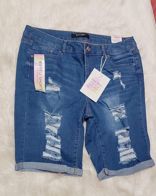 Ripped capri jeans