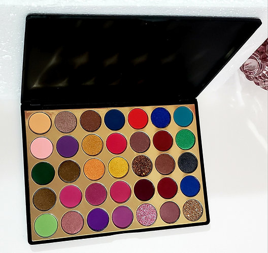 Pigmented Shimmer & Matte Makeup Eyeshadow Palette.Long Lasting