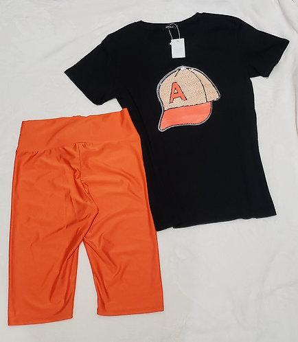Two piece set capri/Crew Neck T-shirt