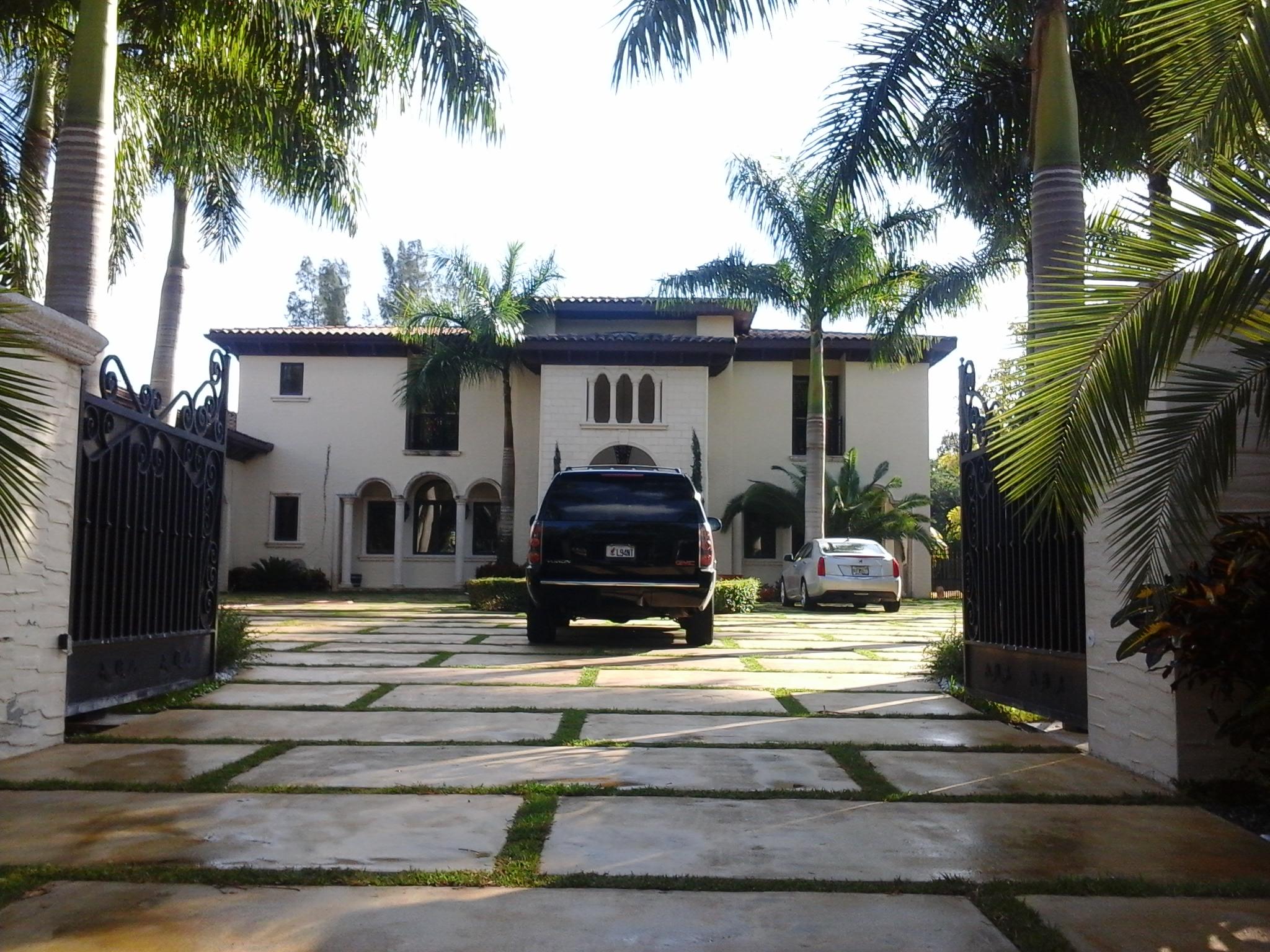 Martinez Residence-3