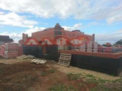 строительство дома из блока и кирпича ла