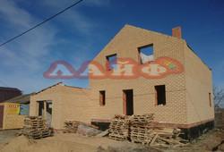 строительство дома из кирпича и блока ла