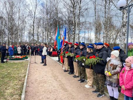 В Ленинградской области установили памятник воинам - казахстанцам 314 стрелковой дивизии