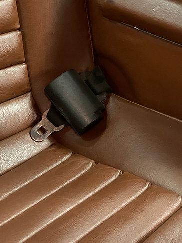 seat belt 2.jpg