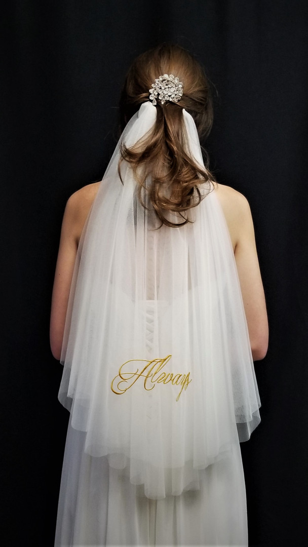 Always Veil Double layers in Gold