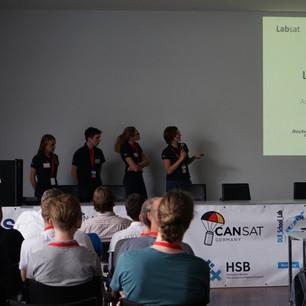 Präsentation_Team_LabSat_socialmedia.JPG