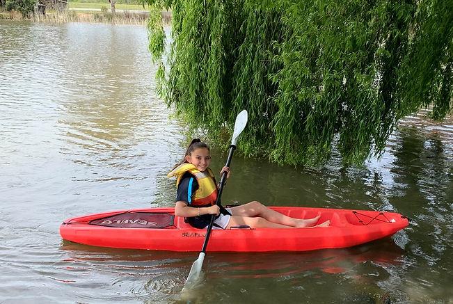 single kayak.jpg
