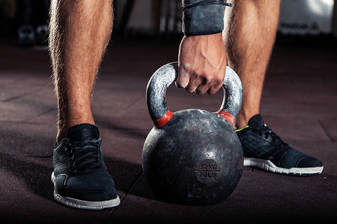 Kettlebell training with personal trainer