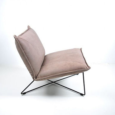 Fauteuil. Stoeltje. Losse stoel. Strak fauteuil. Strak stoeltje. Stevige fauteuil. Fauteuil met stevige zit.