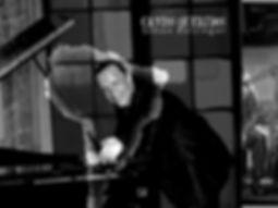 Simon-Bolzinger-3-OFF-Tour_modifié.jpg