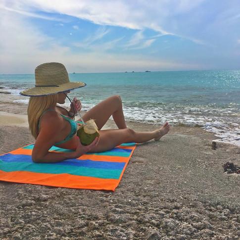 砂がつかないビーチタオル【Maui / マウイ】